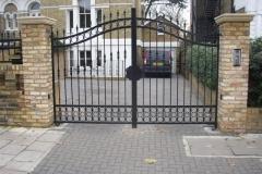 Metal Gates (251)