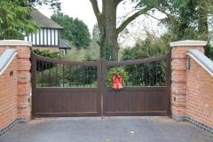 Aluminium Gate, Wade Finwood, Dark Wood Effect. (Large)
